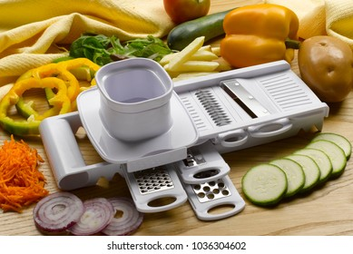 vegetable chopper and peeler tool