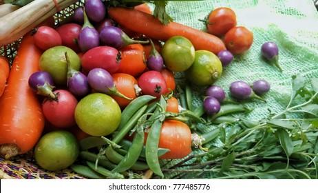 Vegetables contain vitamins