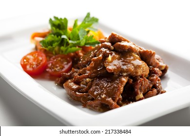 Vegetables Noodles with Beef Fried in Sour-Sweet Sauce
