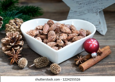 vegetarian almonds with sugar at christmas