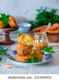 Vegetarian carrot cakes muffins with salted caramel