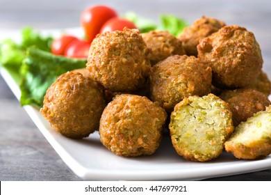 Vegetarian falafels and vegetables on a plate