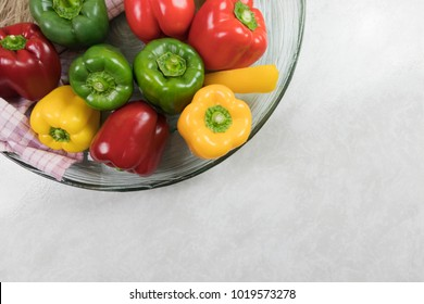 vegetarian fresh dinner, vegetables, red bell peppers, green paprika, sliced vegetables