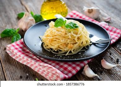 Pasta italiana vegetariana Spaghetti Aglio E Olio