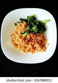 vegetarian noodles food