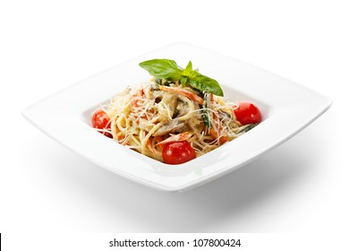 Vegetarian Spaghetti with Vegetables, Basil Leaf and Cherry Tomato