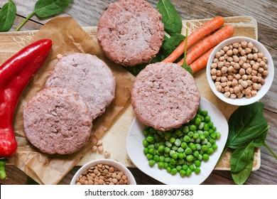 Veggie-Hamburger oder Pflanzenfleisch