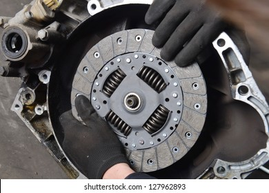 Vehicle Clutch, Car mechanic is changing Clutch