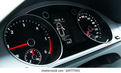 Vehicle Dashboard Speedometer