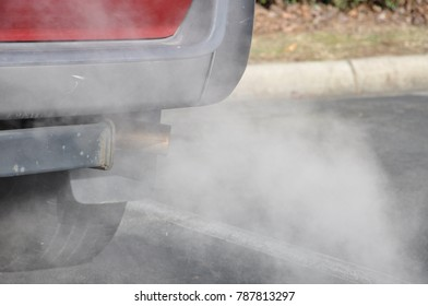 Vehicle exhaust condensing in cold air