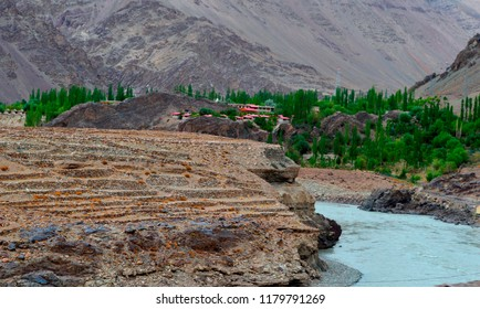 VELLY RIVER AT KARGIL