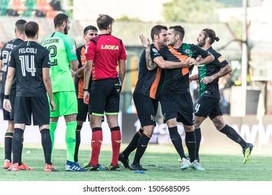 Venezia, Italy, September 14 2019 SENDING OFF OF MATTIA ARAMU OF VENEZIA FC   during Venezia Vs Chievo  Italian Soccer Serie B Men Championship