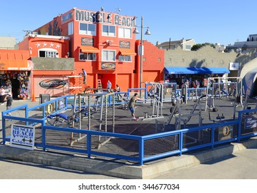 VENICE BEACH, CALIFORNIA. CIRCA DECEMBER 2013. Made famous by bodybuilders Arnold Schwarzenegger and Lou Ferrigno as well as Joe Weider, Muscle Beach near Los Angeles is a popular tourist attraction.