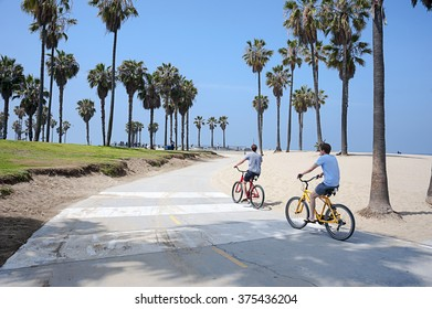 VENICE BEACH, LOS ANGELES, CALIFORNIA - MAY 29, 2015: People enjoying a sunny day on the beach of Venice, California, on May 29, 2015. Summer time activities.