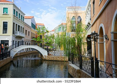 venice di iris Tourist Thailand Style Italy with blue sky