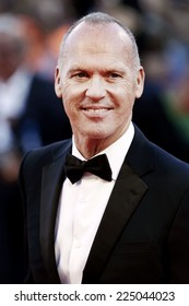 VENICE, ITALY - AUGUST 27: Actor Michael Keaton attends 'Birdman' premiere during the 71st Venice Film Festival on August 27, 2014 in Venice, Italy.