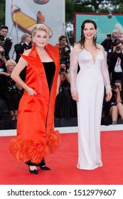 """VENICE, ITALY - AUGUST 28: Catherine Deneuve and Juliette Binoche attend the premiere of the movie """"La Vérité"""" during the 76th Venice Film Festival on August 28, 2019 in Venice, Italy."""