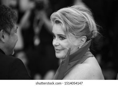 """VENICE, ITALY - AUGUST 28: Catherine Deneuve walks the red carpet ahead of the Opening Ceremony and the """"La Vérité"""" (The Truth) screening during the 76th Venice Film Festival on August 28, 2019"""