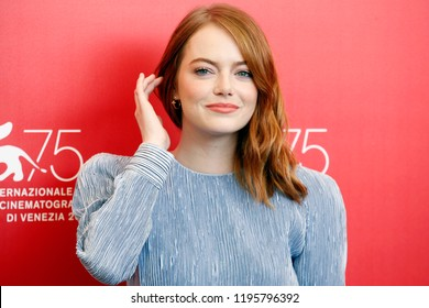 VENICE, ITALY - AUGUST 30: Emma Stone attends 'The Favourite' photo-call during the 75th Venice Film Festival on August 30, 2018 in Venice, Italy.