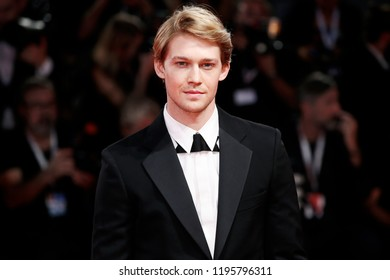 VENICE, ITALY - AUGUST 30: Joe Alwyn walks the red carpet of the movie 'The Favourite' during the 75th Venice Film Festival on August 30, 2018 in Venice, Italy.