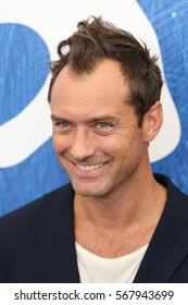 VENICE, ITALY - SEPTEMBER 03: Jude Law attends the photocall of 'The Young Pope' during the 73rd Venice Film Festival at on September 3, 2016 in Venice, Italy
