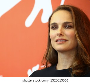 VENICE, ITALY - SEPTEMBER 04: Natalie Portman attends 'Vox Lux' photocall during the 75th Venice Film Festival on September 4, 2018 in Venice, Italy.