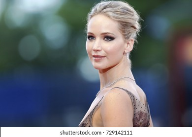 VENICE, ITALY - SEPTEMBER 05:  Jennifer Lawrence attends the red carpet of the movie 'Mother!' during the 74th Venice Film Festival on September 5, 2017 in Venice, Italy.