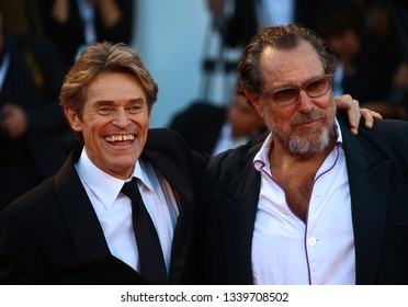 VENICE, ITALY - SEPTEMBER 08:  Julian Schnabel and Willem Dafoe walk the red carpet ahead of the Award Ceremony during the 75th Venice Film Festival on September 8, 2018 in Venice, Italy