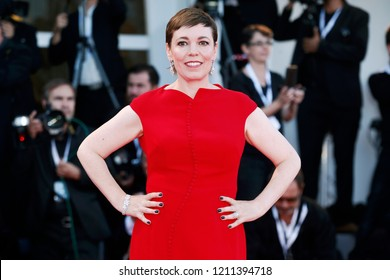 VENICE, ITALY - SEPTEMBER 08: Olivia Colman walks the red carpet of the Award Ceremony during the 75th Venice Film Festival on September 8, 2018 in Venice, Italy.