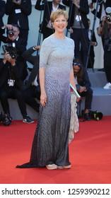 VENICE, ITALY - SEPTEMBER 09: 'Venezia 74' jury president Annette Bening arrives at the Award Ceremony during the 74th Venice Film Festival at Sala Grande on September 9, 2017 in Venice, Italy
