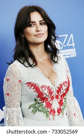 Venice, ITALY - September 6 : Penelope Cruz attends the photo-call of the movie 'Loving Pablo' during the 74th Venice Film Festival in Venice, Italy on September 6, 2017.