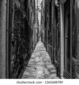 Venice Laneway in Black and White