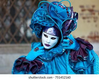 Venice madri grass costume