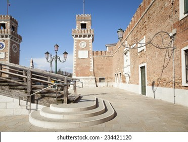 Venice, oldtown buildings