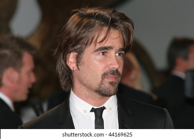 VENICE - SEPT 2:Colin Farrell attends the Cassandra's Dream premiere on the Day 5 of the 64th Annual Venice Film Festival on September 2, 2007 in Venice, Italy.