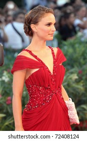 VENICE - SEPTEMBER 01: Actress Natalie Portman attends the 'Black Swan' premiere during the 67th Venice Film Festival on September 1, 2010 in Venice, Italy.