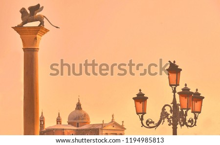venice-sunset-famous-column-winged-450w-