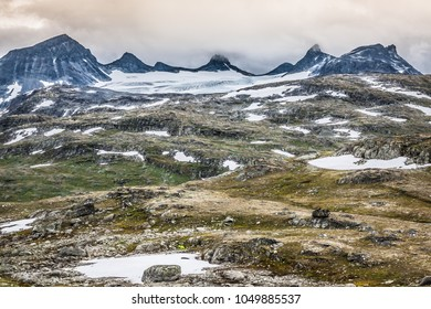Veobrean glacier seen from Glittertind mountain (Jotunheimen National Park, Norway)