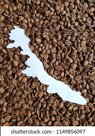 Veracruz map in white and background with roasted coffee beans
