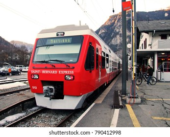 VERBIER, SWITZERLAND - FEBRUARY 07, 2011.  Ski resort in Swiss Alps. Saint-Bernard express train at railway station.