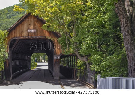 Vermont Covered Wooden Bridge Stock Photo Edit Now 427391188