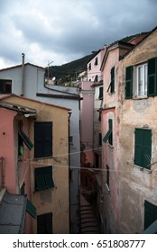 Vernazza Italy Colorful Buildings Close Together Alley