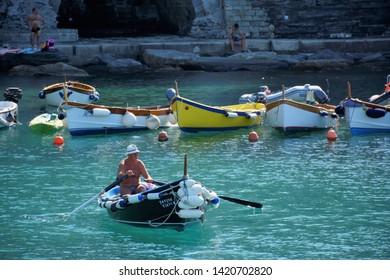 VERNAZZA,LE CINQUE TERRE,LIGURIA.ITALIA.  August 2017 On the beach of Vernazza.