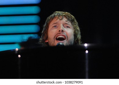 """Verona Italy 09/07/2007 :  James Blunt in concert during the musical event """"Festivalbar 2007""""."""