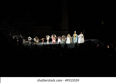 VERONA, ITALY - AUGUST  5: performers, singer on stage with AIDA from Verdi in the arena of Verona August 05, 2009, Verona, Italy.
