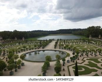 Versailles Garden Path Images, Stock Photos & Vectors