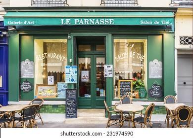 Das kleine Café in Frankreich, Alter Mann ficken geschwollene Teen Pussy pic