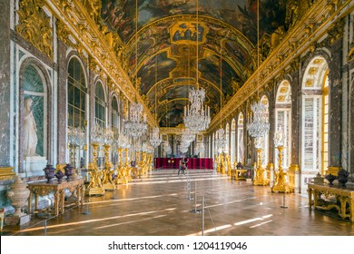 VERSAILLES, FRANCE - SEPTEMBER 14, 2018 : The hall of mirrors (Galerie des glasses) in the central wing of Palace of Versailles