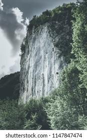 vertical cliff for climb
