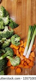 vertical food preparation onions carrots broccoli